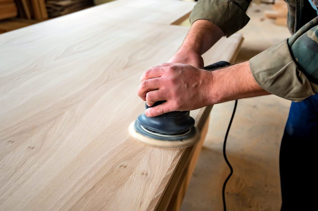 Slefuire lemn finisare corecta